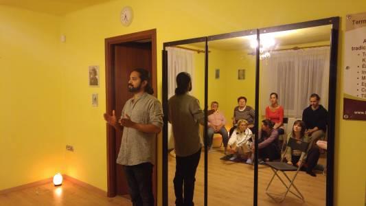 Ayurvéda előadás Krishna Kumartól